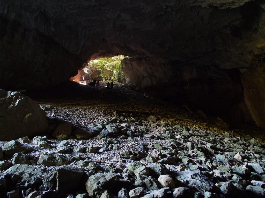 All'interno della Tkalca jama