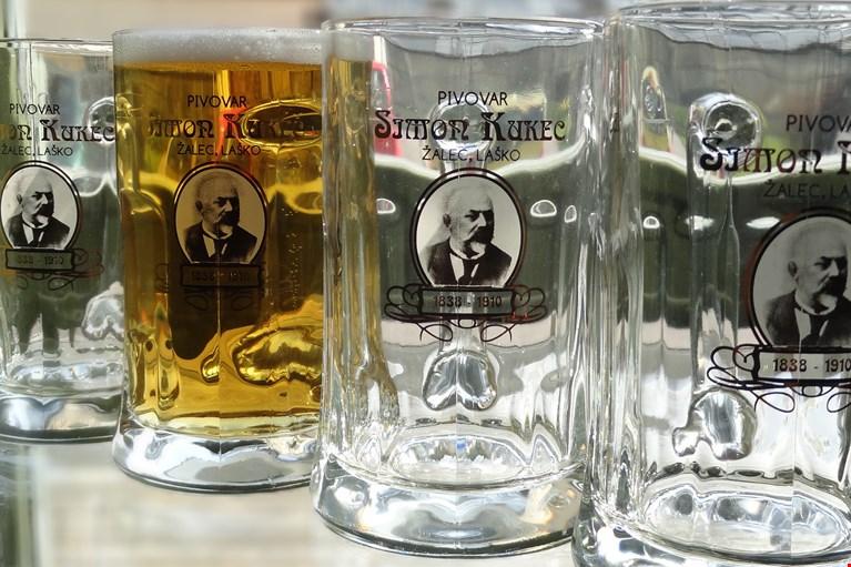 Boccali di birra Simon Kukec