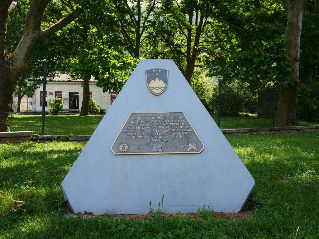 Vipava - Monumento alla guerra dei 10 giorni