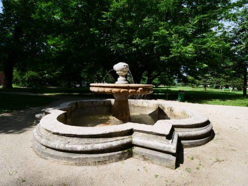 Vipava - La fontana nel parco Lantieri