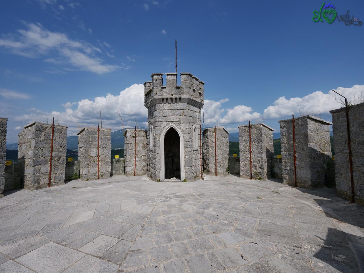 La torre del Grad Rihermberk