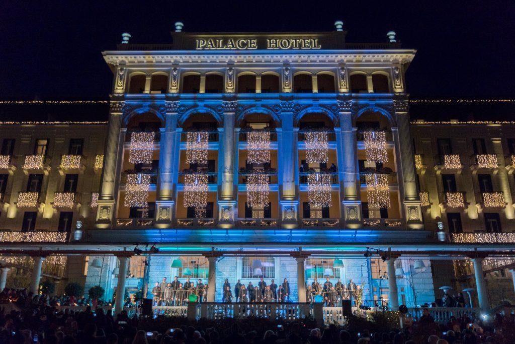 La splendida cornice dell'Hotel Kempinski Palace