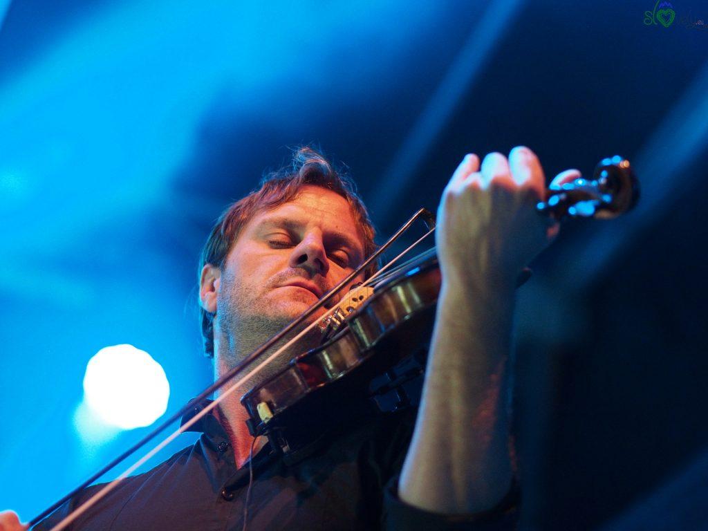Il bravissimo violinsta Samo Budna