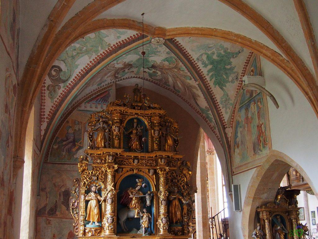 Uno splendido altare dorato