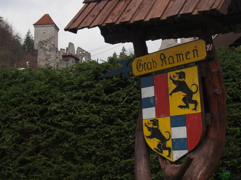Lo stemma del Grad Kamen