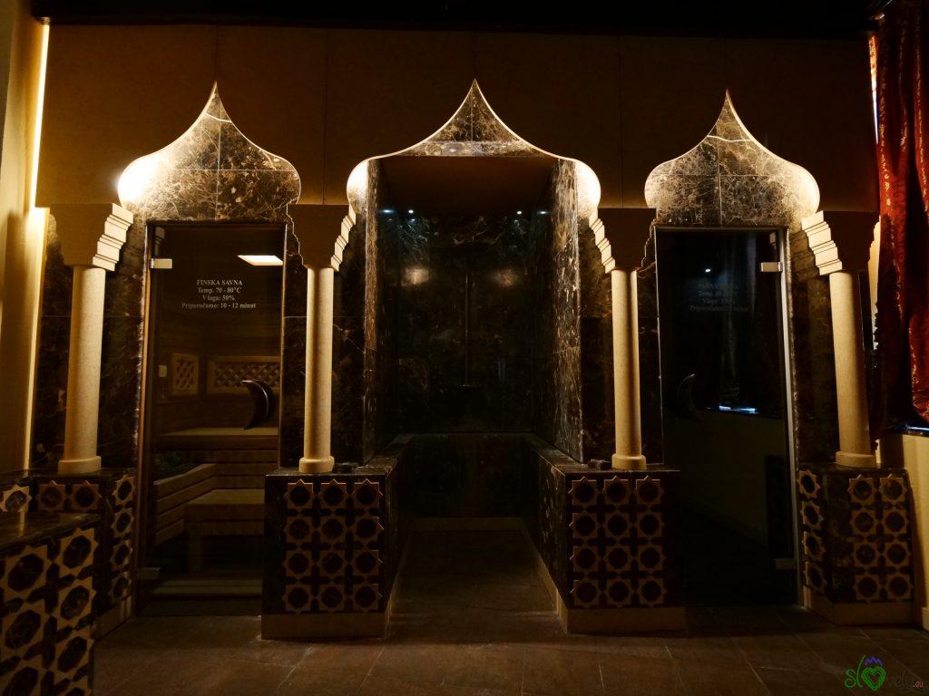 Le saune della sala in stile orientale
