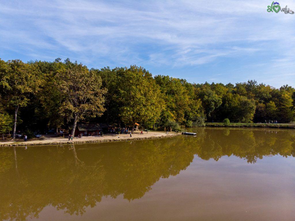 Il luogo ideale per un pic-nic o pescare, anche in autunno!