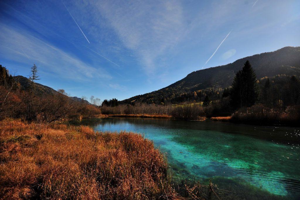 Le acque turchesi della Sava Dolinka A Zelenci (foto di http://www.kavicazmano.si)