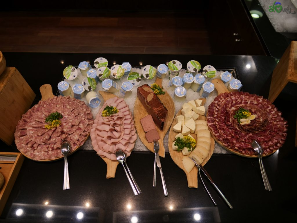 Un buffet ricchissimo, per la colazione del Prekmurje!