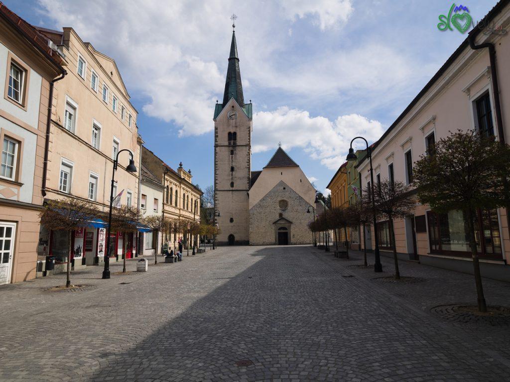 La bella piazza principale di Slovenj Gradec. - Koroška