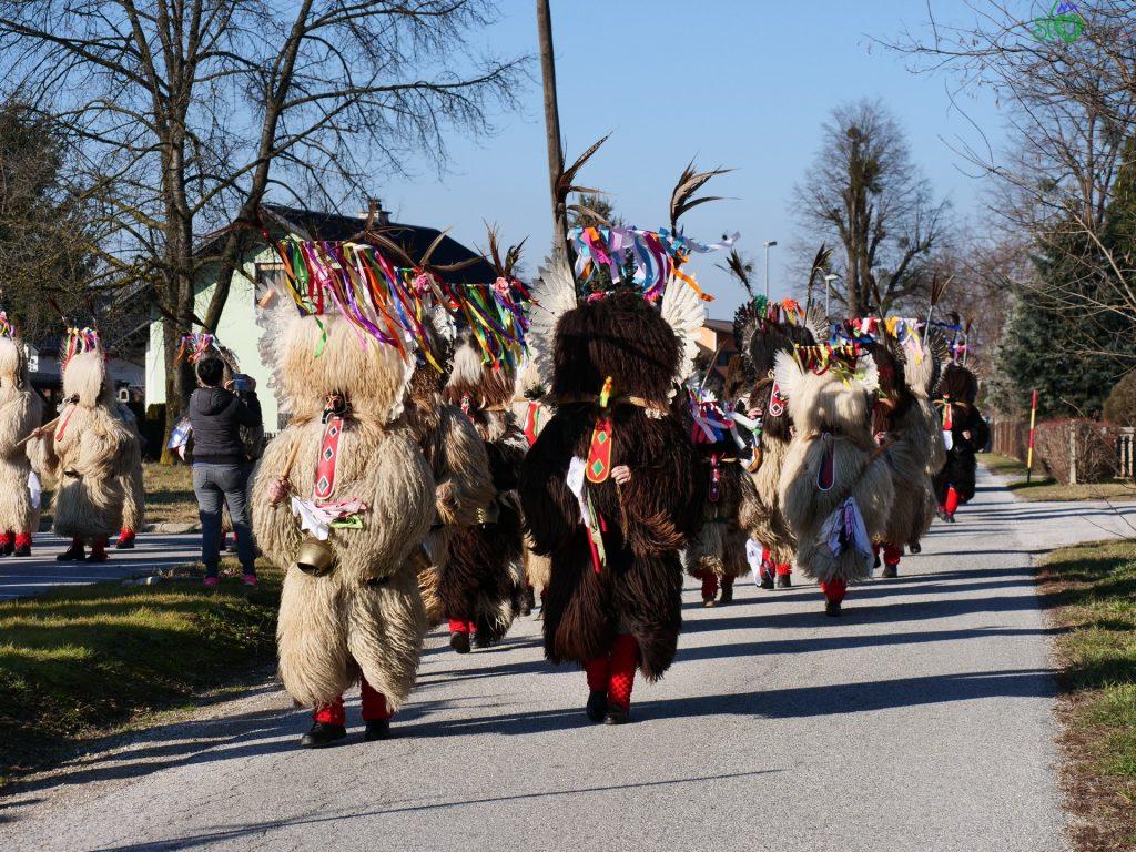 I Kurenti per le strade dei paesi della Štajerska