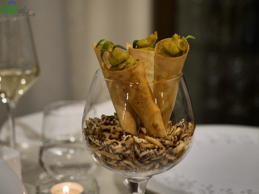 Le ricette degli chef sloveni: Robert Žibrat – Vellutata di aglio orsino 1