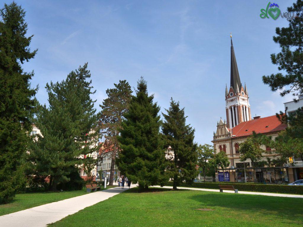 La chiesa evangelica di Murska Sobota, in Trg Zmage.