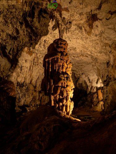 Le incredibili formazioni delle grotte di Postumia.