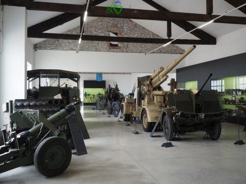 Mezzi militari al Park vojaške zgodovine.