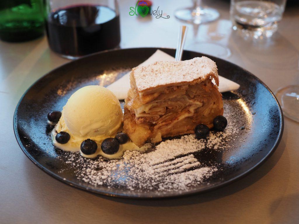 Il buonissimo e gigantesco dolce della Gostilna Pri Stani.