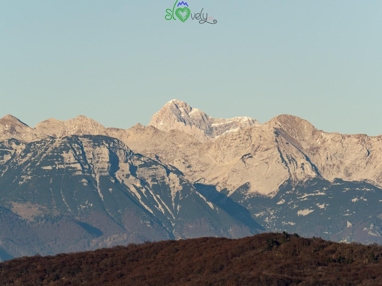 Il Triglav, visto dalla cima del Sabotino.