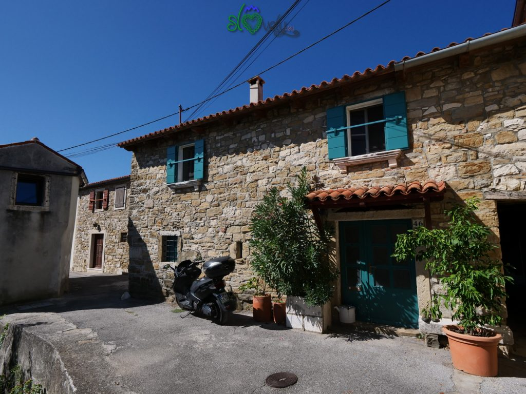 Il grazioso abitato storico di Krkavče, in Istria.  5 luoghi del mistero.