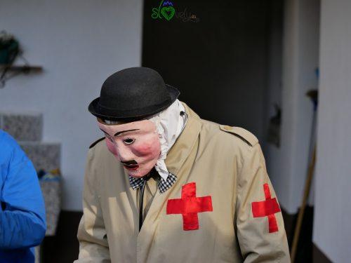 Il medico, del gruppo dei Ta lepi, i belli. Liški pustje