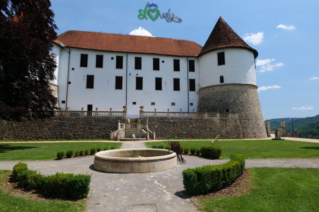 Il castello di Sevnica col suo bel parco.