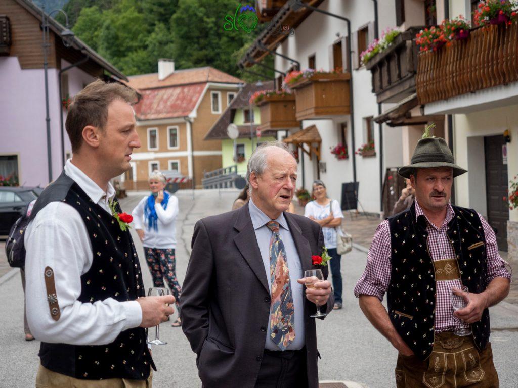 Cantando canzoni tradizionali slovene.