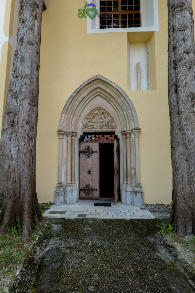 L'ingresso al monastero di Studenice.