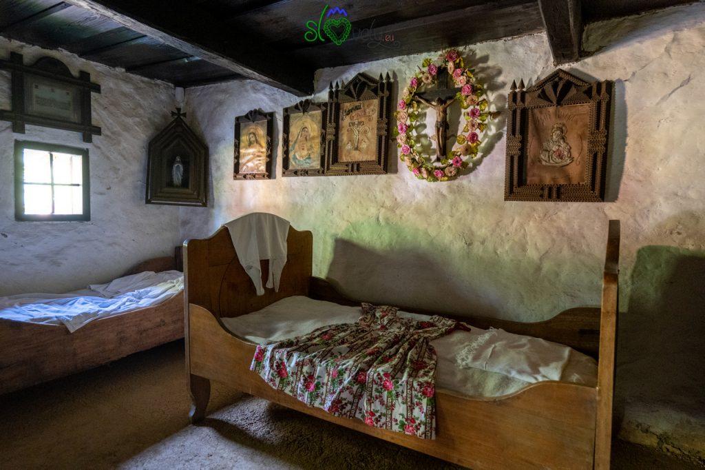 La camera da letto all'interno della Šmitova hiša.